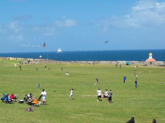Site historique national de San Juan : Kite fling