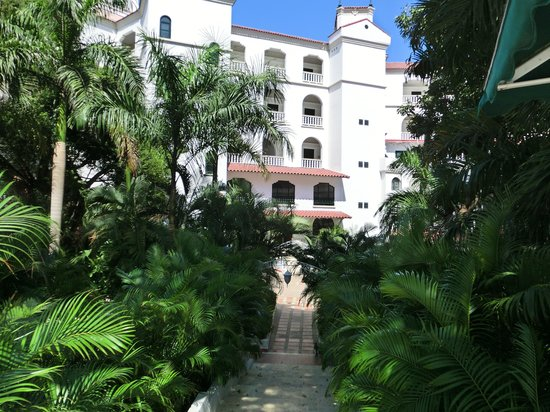 Hotel Caribe: Gardens