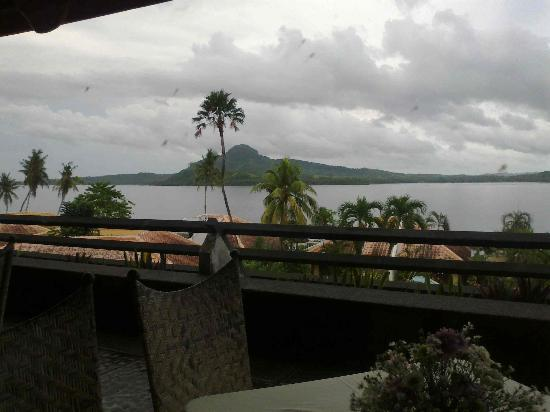 Leyte Park Resort Hotel: Great view of Samar from balcony restaurant