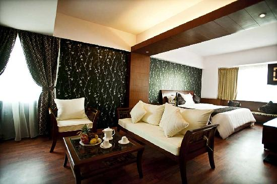Gia Bao Grand Hotel: President Room