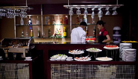 Gia Bao Grand Hotel: Restaurant