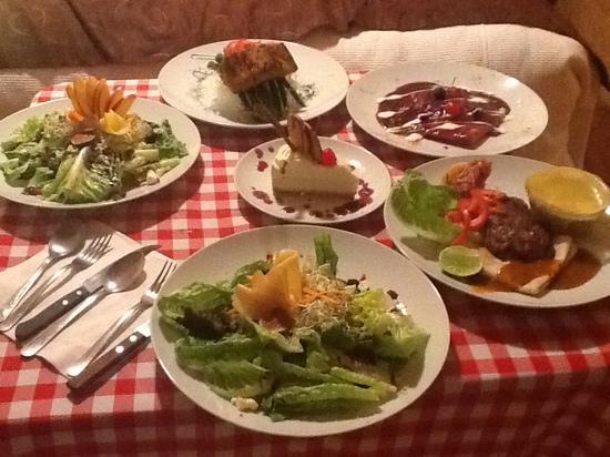 Hotel Boutique Xacallan: Una cena sorpresa, todo deliciosisimo.