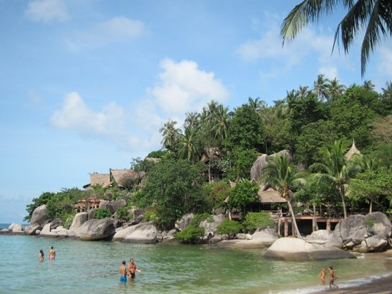 Koh Tao Cabana: The cabanas, taken from the beach