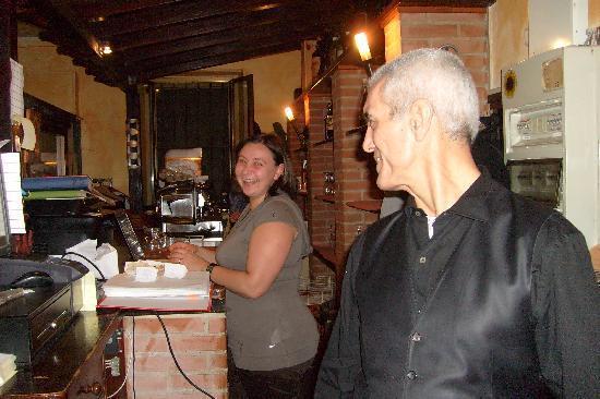 Pioltello, Italie : il bar