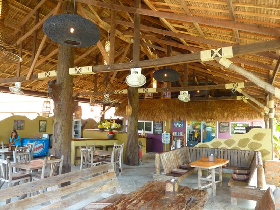 Beachcomber at Lanta Castaway: Indoor Seating 1