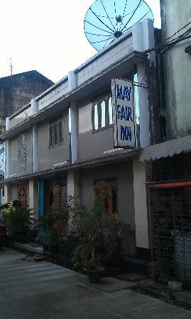 Mayfair Inn : Hotel exterior 2