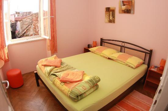 Old Town Hostel: Double room