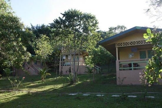 Majika's Island Resort: bungalow 1