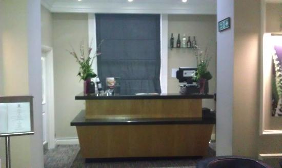 Grange Beauchamp Hotel: Concierge