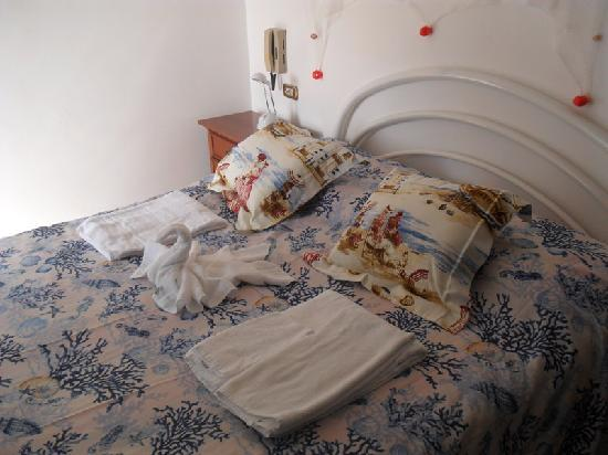 Starfish Holidays: room with sea view (double bed)