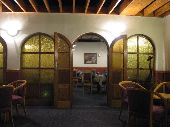 Colesberg Lodge: restaurant and bar area