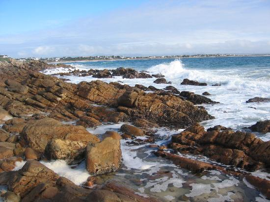 On the Spot B & B at St Francis Bay: sun on the rocks
