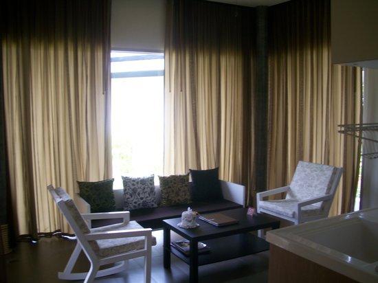 เพเรนเนียลรีสอร์ท: Living area