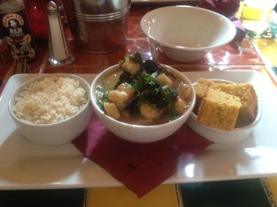 Mama Liz's Soul Food Shack: Seafood Gumbo, Rice & Corn Bread. Amazing...