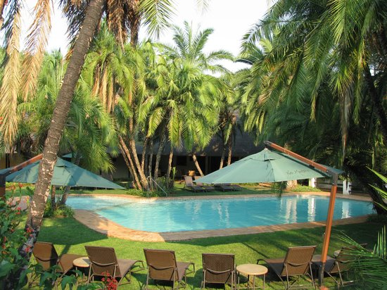 Kwa Maritane Bush Lodge: lower pool