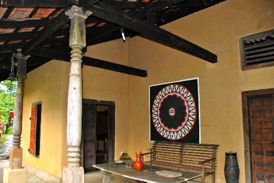 Kandy Samadhi Centre : bungalow