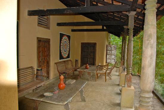 Kandy Samadhi Centre : terrasse