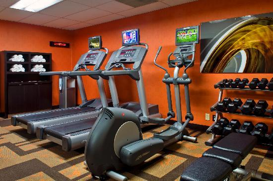 Courtyard Syracuse Carrier Circle: Fitness Center