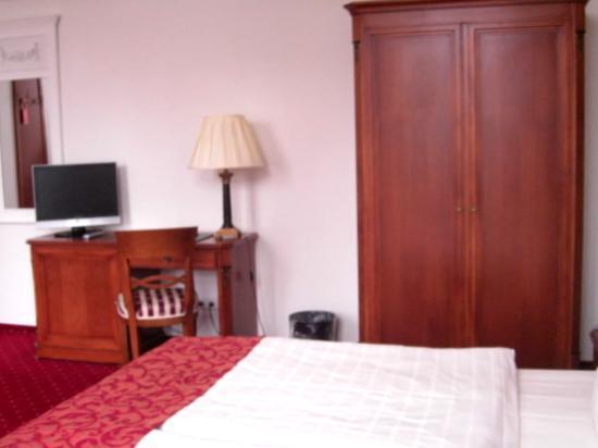 Hotel Prinzenpalais: Teilansicht Zimmer 252