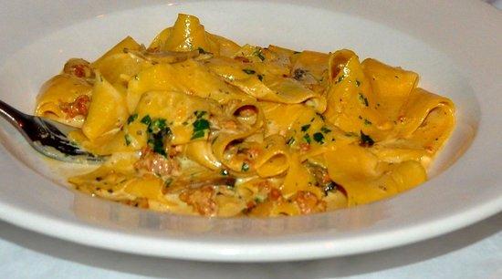 Cappucino's Fine Italian Restaurant