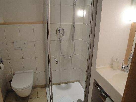 Landgasthof Hirschen Birndorf: Bathroom