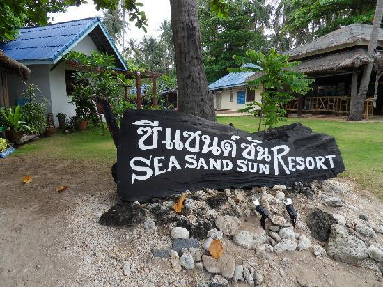 Sea Sand Sun Resort: Sea Sand Sun view from beach
