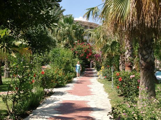 Defne Garden: les jardins intérieurs