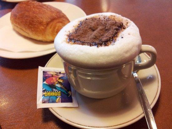 Boulangerie, Patisserie, Tea-room du Maupas, Marc Durupt : Cappuccino