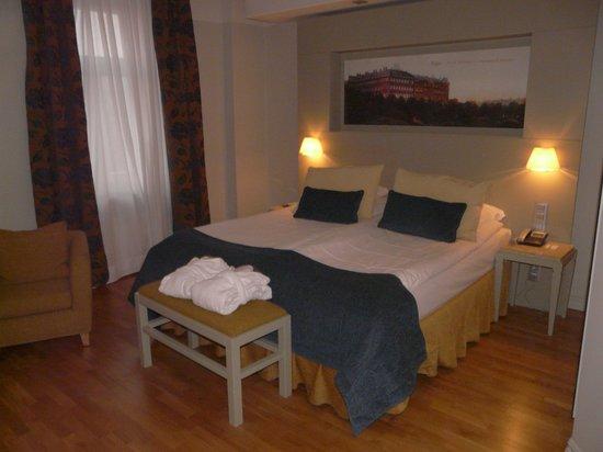Opera Hotel & Spa: zicht op het bed