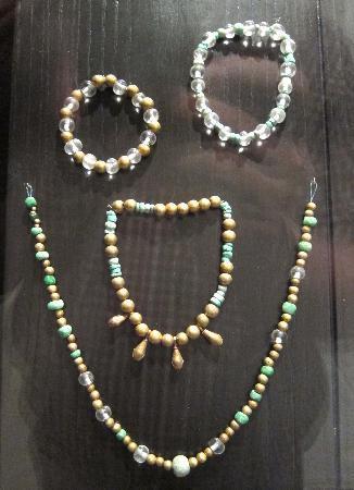 Museo de las Culturas de Oaxaca: Jewelry