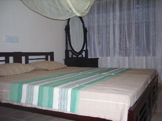 ExtremeHost Guest House Rooms