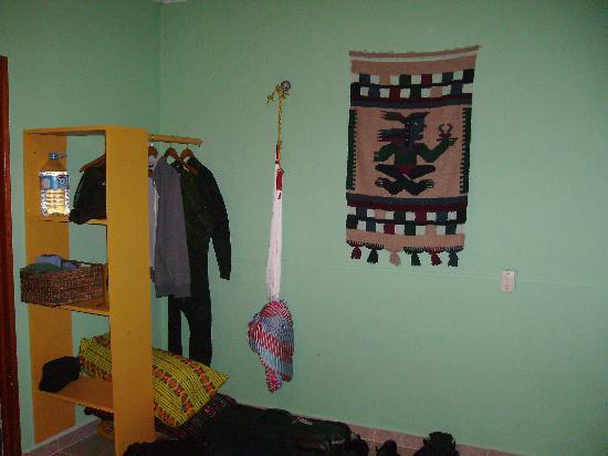 Dos Ojos Lodge: our room