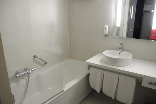 Apollo Hotel Breda City Centre : Salle de bain