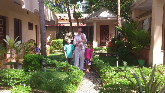 Ayur Theeram Ayurvedic Resort: En del av trädgården!
