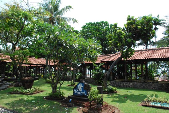 Hotel Mambruk Anyer : the hotel