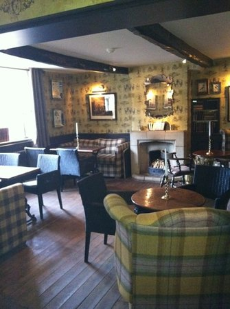 The Shireburn Arms: nice bar area