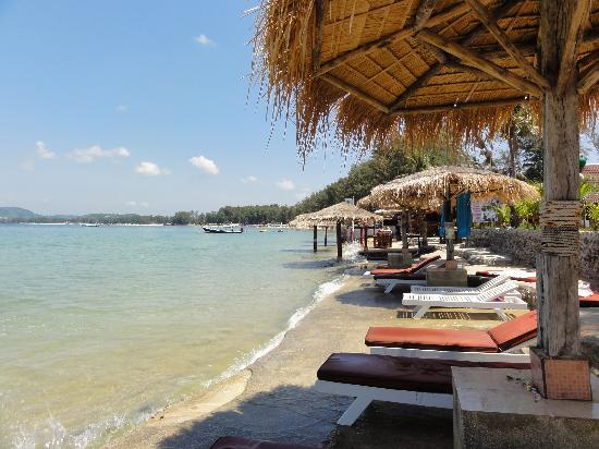 Andaman Bangtao Bay Resort: plage marée haute
