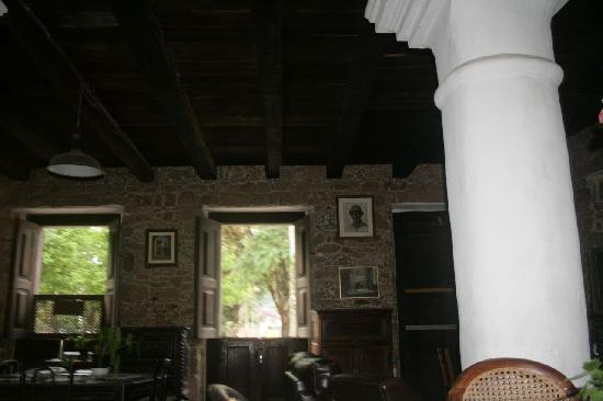 Hotel Solar dos Geranios: Lounge