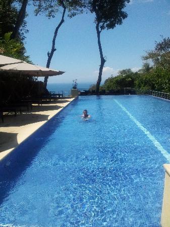 The Preserve at Los Altos: pool