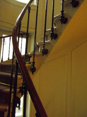 Eurostars Panorama Hotel: l'escalier pour les sportifs