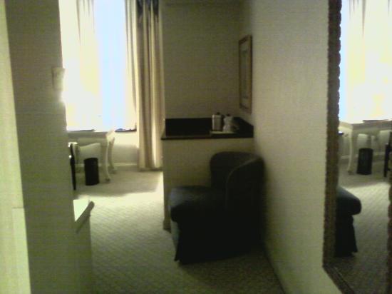 Cincinnatian Hotel: foyer