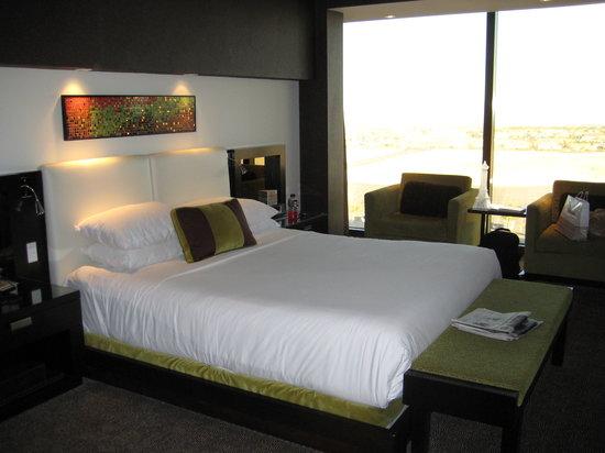 Red Rock Casino Resort & Spa: bedroom, gorgeous