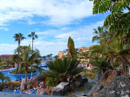 Bahia Principe Costa Adeje: Lush gardens & pool