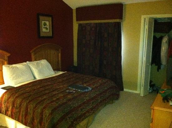 Foxhunt at Sapphire Valley: Second Bedroom