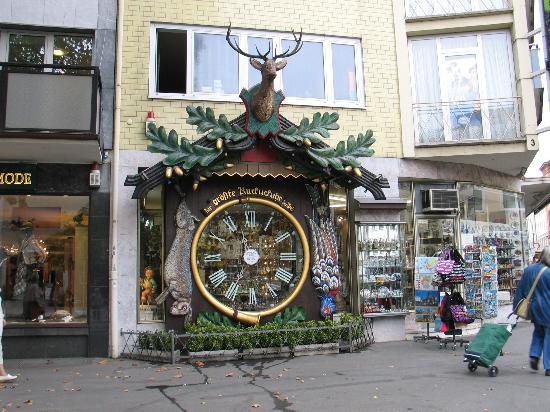 Wiesbaden, Germany: great BIG cuckoo clock