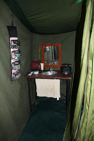 Ndutu Wildlands Camp : Washroom area (shower and toilet not shown)