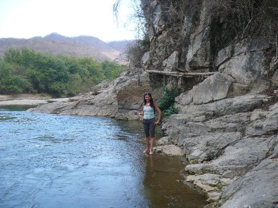Parador Turistico Shluuna : el rio 2