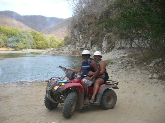 Parador Turistico Shluuna : de regreso