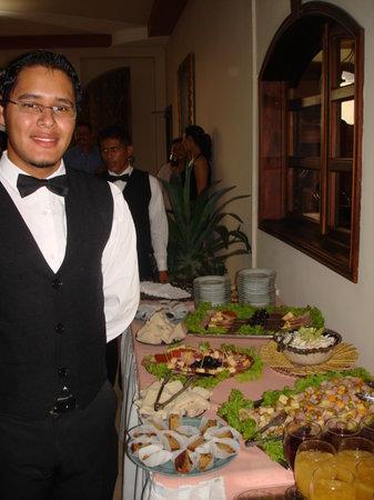 Hotel Real Camino Lenca: Refrigerios y alimentos en los eventos