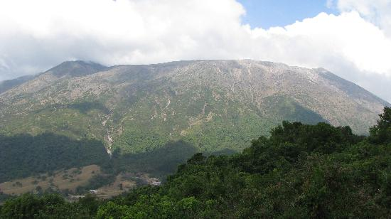 Cuscatlan Tours - Day Tours : Here's Santa Ana Volcano